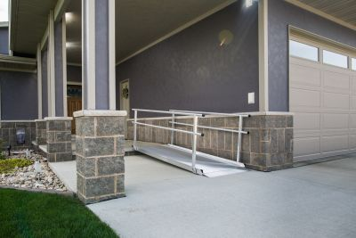GATEWAY™ Solid Surface Portable Ramp with Handrails